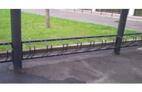 rastrelliere porta bici da tassellare a muro h10930